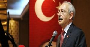 CHP lideri Kılıçdaroğlu Uğur Mumcu'yu andı