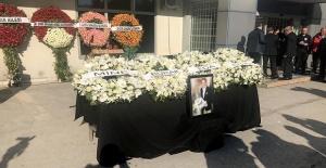 Gazeteci Ertuğrul Akbay sonsuzluğa uğurlanıyor