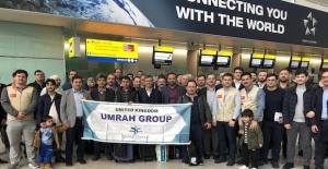 Hisar Travel UK Umrecileri Güllerle Karşılandı