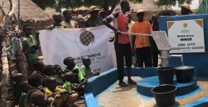 Suleymaniye Humanitarian Trust Su kuyularıyla hayat kurtarıyor