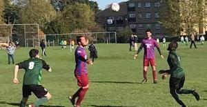 Trabzonspor UK, Edmonton Rovers'ı beş golle yıktı
