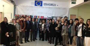 Avrupa'ya Giden Yol Yine Bağcılar'dan Geçiyor