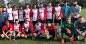 İngiltere TTFF Gençler Ligi başladı