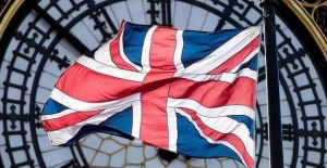 İngiltere salgına karşı 280 milyar sterlin harcadı