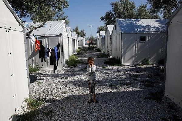 Yunanistan'da 200 sığınmacının bekleyişi sürüyor