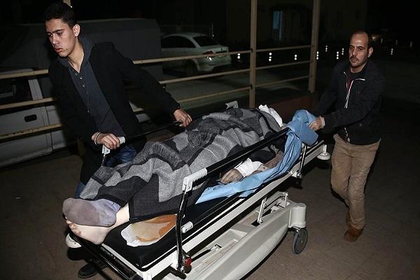 Halep'te yaralananların bir kısmı Türkiye'ye sevk edildi
