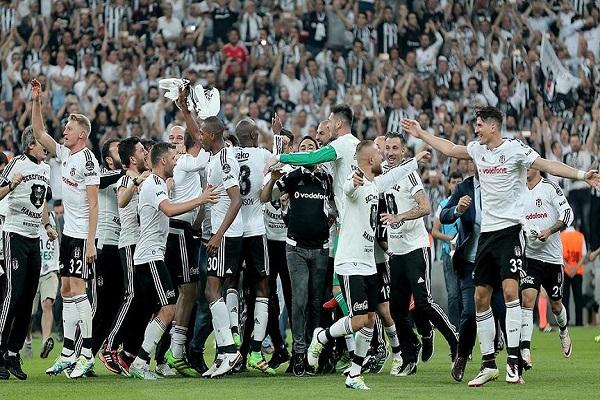 Beşiktaş şampiyonluk kutlamasını 19 Mayıs Perşembe günü yapacak