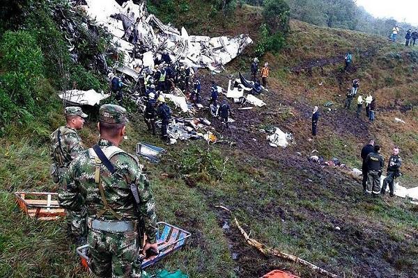 Kolombiya'da düşen uçakla ilgili çarpıcı bilgilere ulaşıldı