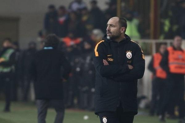 Igor Tudor Galatasaraylı futbolcularla vedalaştı