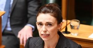 Yeni Zelanda Başbakanı'ndan flaş ezan kararı