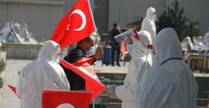 İngiliz Sky News'ten Türkiye'nin Kovid-19'la mücadelesine övgü