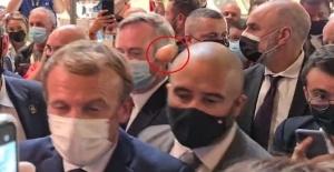 Fransa Cumhurbaşkanı Emmanuel Macron, Lyon kentinde bir fuar ziyaretinde yumurtalı saldırıya uğradı