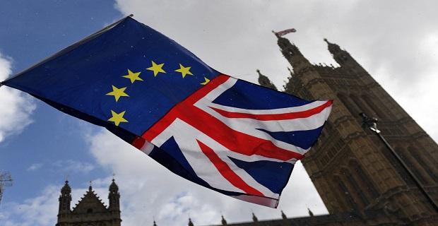 Brexit anlaşması İngiltere Parlamentosunda 230 oy farkla reddedildi