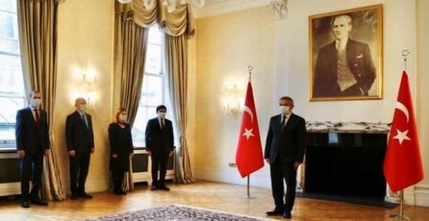 """Londra ve Dublin Büyükelçiliklerinde """"Atatürk"""" anıldı"""