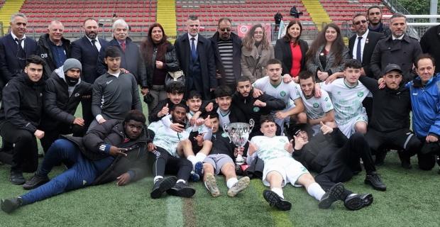 ZAZA FC LONDON ATATÜRK KUPASI ŞAMPİYONU