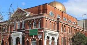 İngiltere'nin ilk Türk camisi Shacklewell Lane Mosque Cenaze Servisi