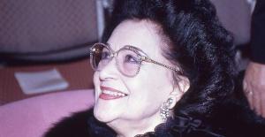 Dünyada Türk Divası, La Diva Turca olarak tanınan usta sanatçı Leyla Gencer