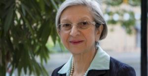 Kıbrıslı Türk bilim insanı Prof. Dr. Ten Feizi'ye İngiltere Kraliyet Topluluğu Akademi Üyesi ünvanı