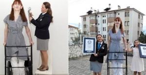 Dünyanın en uzun boylu kadını Rumeysa...