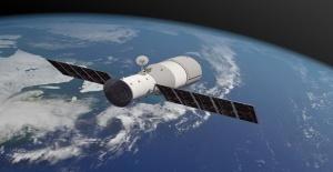Çin uzay istasyonu dünyaya düştü