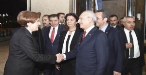 İki partinin lideri o çağrıdan sonra bir araya geliyor