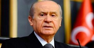 MHP lideri Bahçeli gazeteci ve anket şirketlerine ateş püskürdü
