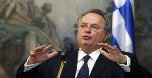 Türkiye ile gerilimi artıran Yunan Bakan istifa etti