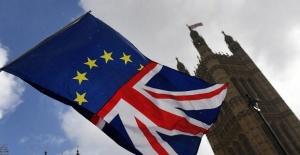 İngiltere parlamentosu Brexit sürecinde dört seçeneği de reddetti
