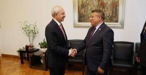 CHP İngiltere Birliği Başkanı Kazım Gül, Kılıçdaroğlu ile görüştü