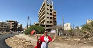Kuzey Kıbrıs'ta 46 yıldır kapalı olan Maraş açıldı, halk yürüyüş yapıyor, fotoğraf çekiyor, Son dakika